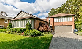 8 Sifton Court, Toronto, ON, M2K 1M1