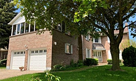 32 Elkpath Avenue, Toronto, ON, M2L 2W1