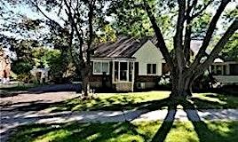 7 Glenborough Park Crescent, Toronto, ON, M2R 2G4