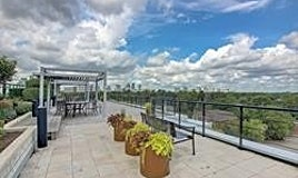 218-21 Clairtrell Road, Toronto, ON, M2N 0G8