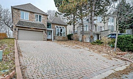 17 Equestrian Court, Toronto, ON, M2H 3M9