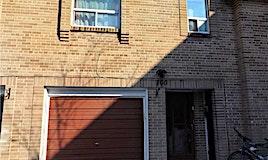 100 Village Greenway, Toronto, ON, M2J 1K9