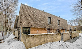 22 Oaken Gateway, Toronto, ON, M2P 2A1