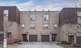 66 Village Greenway, Toronto, ON, M2J 1K8