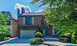 221 Strathallan Wood, Toronto, ON, M5N 1T5