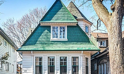 22 Edgewood Avenue, Toronto, ON, M4L 3H1