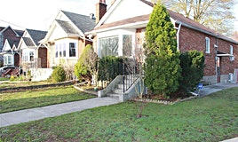 30 Crestland Avenue, Toronto, ON, M4C 3L1