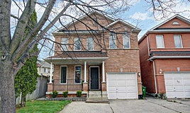 10 Castlethorpe Drive, Toronto, ON, M1M 3X1