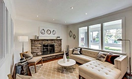 7 Ravenwood Place, Toronto, ON, M4B 2M4