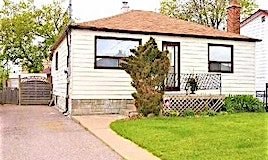 38 Commonwealth Avenue, Toronto, ON, M1K 4K2
