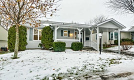 4 Eastbank Road, Clarington, ON, L1B 1B6