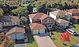 18 Chatsworth Crescent, Whitby, ON, L1R 1H6