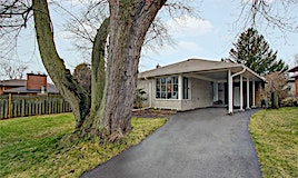 4 Cathedral Bluffs Drive, Toronto, ON, M1M 2T7