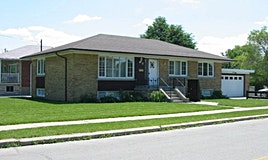 11 Wye Valley Road, Toronto, ON, M1P 2A3