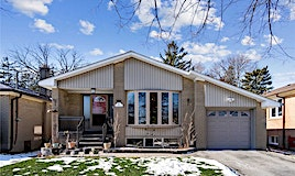 6 Manaham Road, Toronto, ON, M1E 3X8