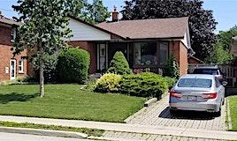 7 Heatherington Drive, Toronto, ON, M1T 1N3