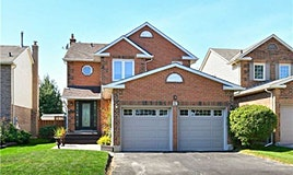 19 Peevers Crescent, Newmarket, ON, L3Y 7T5