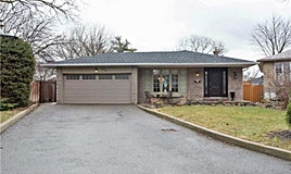 135 Golf Club Court, Richmond Hill, ON, L4C 5E1