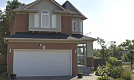 2 Palomino Drive, Richmond Hill, ON, L4C 0R4