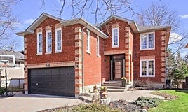 11 Hammond Drive, Aurora, ON, L4G 2T8