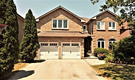 12 Cygnus Drive, Richmond Hill, ON, L4C 8P2