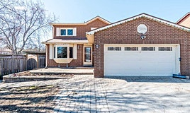 4 Pepler Place, Barrie, ON, L4N 5G9