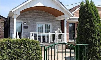 37 Avon Avenue, Toronto, ON, M6N 3W8
