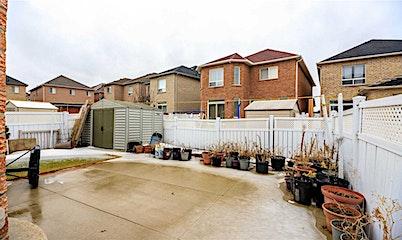 42 Bellflower Lane, Brampton, ON, L6S 6K1