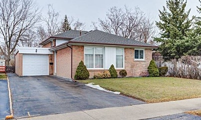 31 Waterbury Drive, Toronto, ON, M9R 3X9