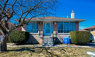 12 Brampton Road, Toronto, ON, M9R 3J1