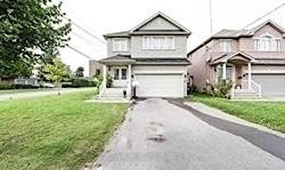34A Raven Road, Toronto, ON, M6L 2A7