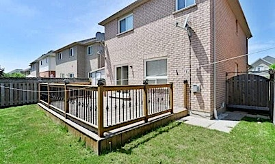 16 Milkweed Crescent, Brampton, ON, L7A 1T8