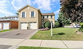 10 New Castle Crescent, Brampton, ON, L6S 3Y8