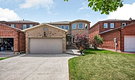 1584 Stancombe Crescent, Mississauga, ON, L5N 4R1