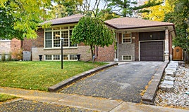 30 Munhall Road, Toronto, ON, M9P 1P9