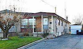 16 Yatescastle Drive, Toronto, ON, M3L 2B8