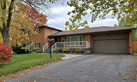2 Charing Drive, Mississauga, ON, L5N 1E8