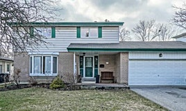 33 Cavendish Crescent, Brampton, ON, L6T 1Z3