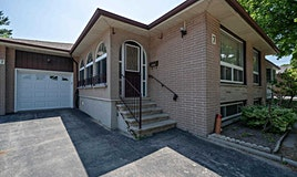 7 Ludgate Drive, Toronto, ON, M9W 2Y2