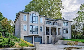 2537 Mindemoya Road, Mississauga, ON, L5C 2R1