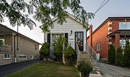 34 Omagh Avenue, Toronto, ON, M9M 1E7