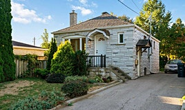 33 Juliet Crescent, Toronto, ON, M6M 1N5
