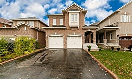 25 Meadow Oak Place, Toronto, ON, M9N 3Z4