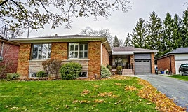 4 Munhall Road, Toronto, ON, M9P 1P9