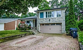 17 Saxony Crescent, Toronto, ON, M9P 1S2