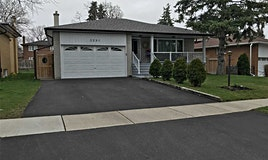 3291 Lonefeather Crescent, Mississauga, ON, L4Y 3G6