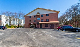 313-1275 Cornerbrook Place, Mississauga, ON, L5C 3J3