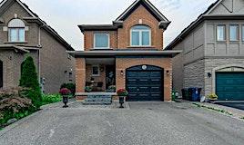 13 Rory Road, Toronto, ON, M6L 3E9