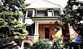 31 Ridley Gardens, Toronto, ON, M6R 2T7