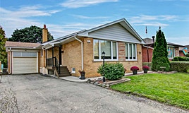 5 Thelmere Place, Toronto, ON, M9R 2B6